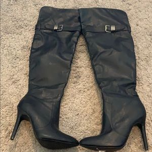 Knee high pleather black boots size 5.5
